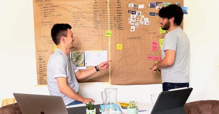 Illustration de l'article Studio Flèche rouge : La bonne orientation